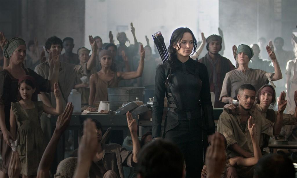 Katniss nøler med å bli helt for opprørerne etter det hun har opplevd. Foto: Murray Close/Lionsgate